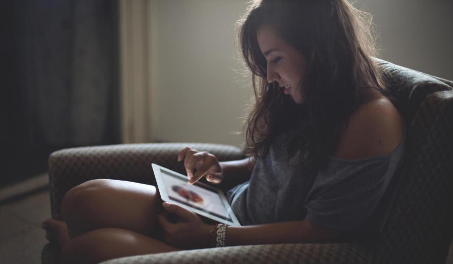 Co to jest e-learning i kiedy z niego skorzystać?
