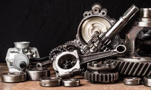 Wybór części do samochodów ciężarowych - oryginalne czy zamienniki?