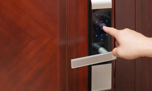 Jak zabezpieczyć własny dom? Przegląd systemów bezpieczeństwa