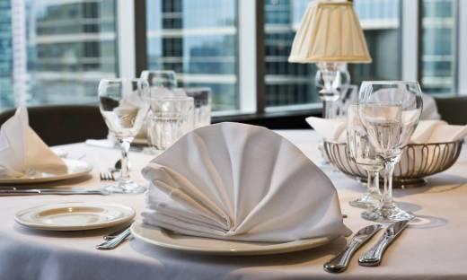 Hotelowa restauracja jako miejsce organizacji imprezy okolicznościowej