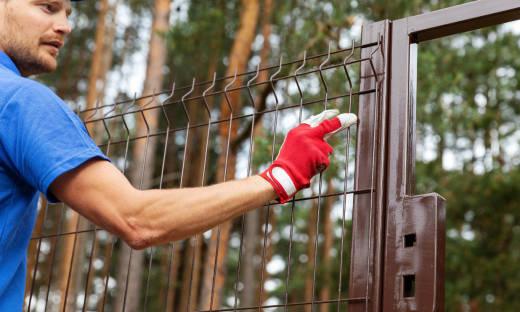 Zalety ogrodzeń panelowych