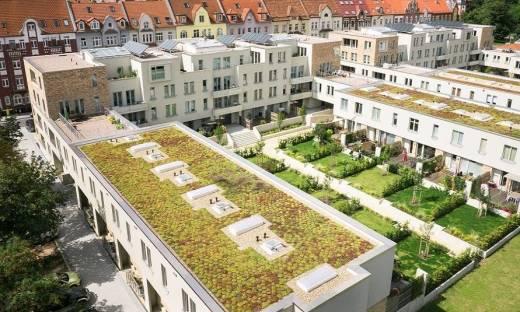 Sposoby obróbki krawędzi zielonych dachów