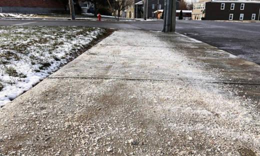 Środki do usuwania śniegu i lodu z dróg i chodników